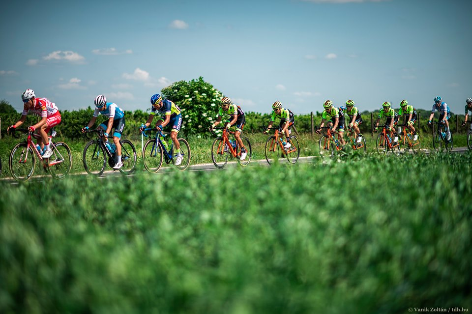 TOUR DE HONGRIE: A CHAOTIC FINISH IN STAGE 2
