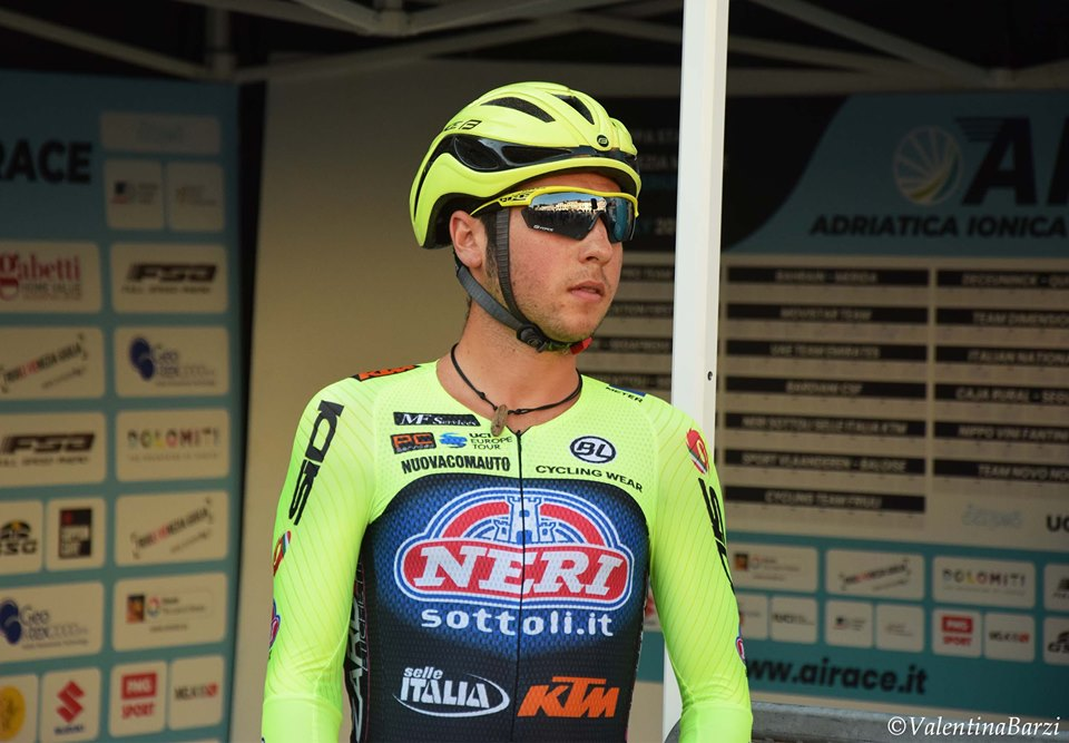 ADRIATICA IONICA RACE: SIMONE VELASCO, TOP 10 AT THE SPRINT. DAYER QUINTANA CATCHES UP IN THE GENERAL CLASSIFICATION